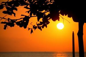 sunset-242035_1920